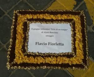 Il Gruppo Infioratori Basciano omaggia Flavio Fiorletta