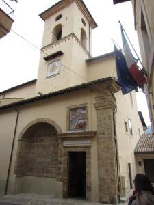 trevi chiesa s.pietro www.megalithic.it p.ruggeri