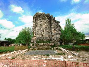 basilica Aquino p.ruggeri ww.megalithic.it