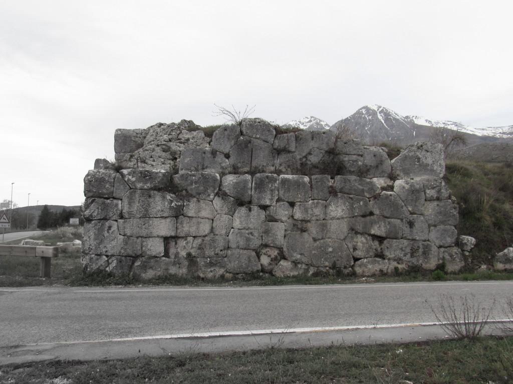 muraglione laterale arci p.ruggeri www.megalithic